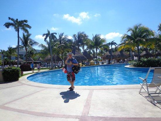 Ocean Breeze Riviera Maya Hotel: Pileta del Mayan Palace