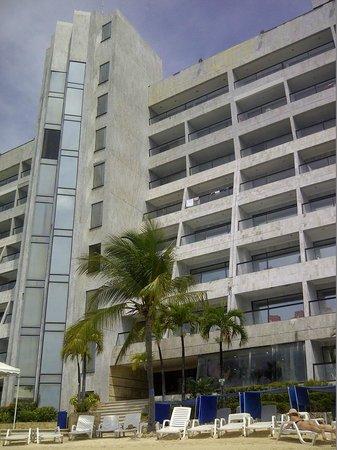GHL Hotel Sunrise: vista desde la playa