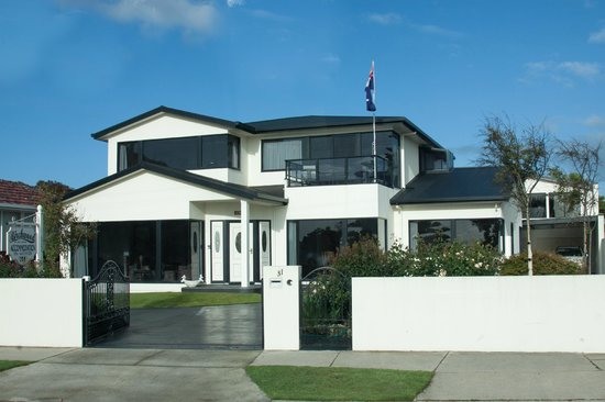 Birchwood, Devonport Self contained Accommodation