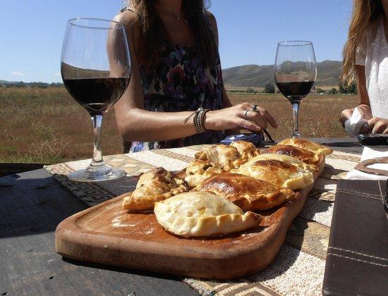 Estancia La Alejandra: Empanadas