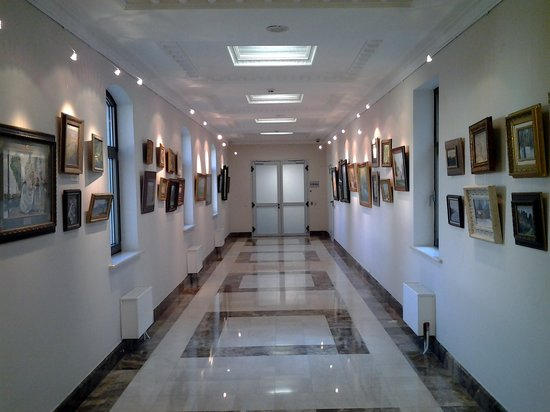Kozhin Fine Art Exhibition Center