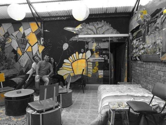 Supertramp Eco Hostel: terraza