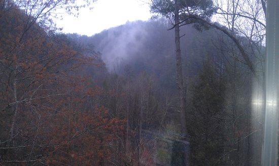 Fairfield Inn & Suites Gatlinburg North : View of the Smokies from room 303