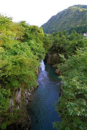 Tedori Canyon