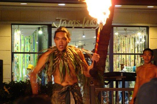 The Shops At Mauna Lani : Fire