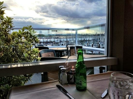 view over marina - Picture of Salty's On The Columbia River