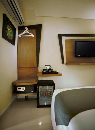 Hotel Neo Kuta Jelantik: minibar