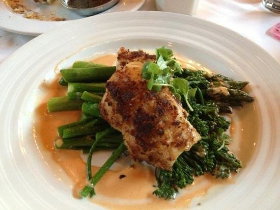 TAPS Fish House & Brewery - Dos Lagos : Pistachio Crusted Sea Bass with Asparagas instead of Yukon Gold Potatoes