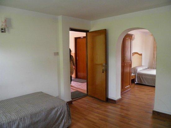 Hotel Blue Horizon : Rooms again