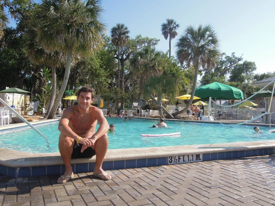 Tropical Palms Resort and Campground: pileta