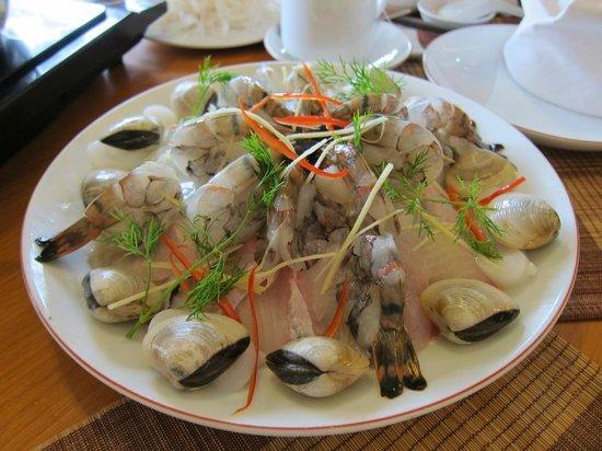 Anh Hoa restaurant: Seafood hot pot