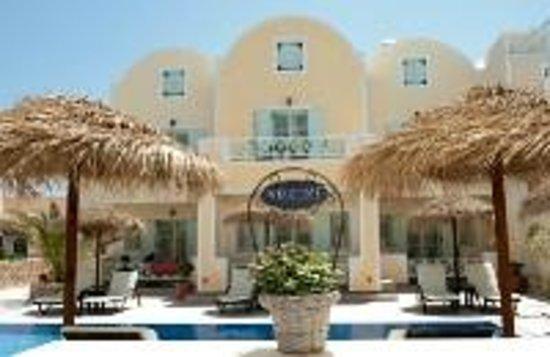 Kalya Suites: Pool