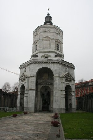 Tempio della Vittoria : fronte