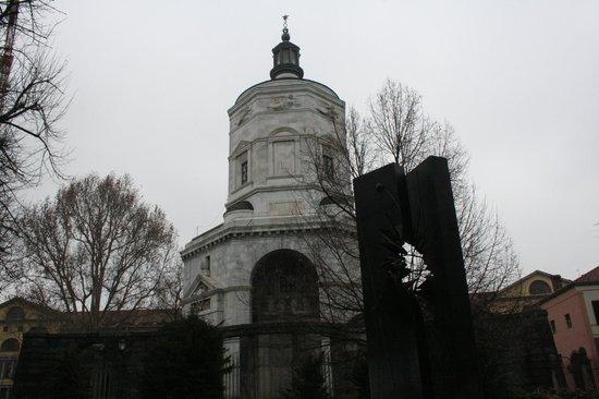 Tempio della Vittoria : retro