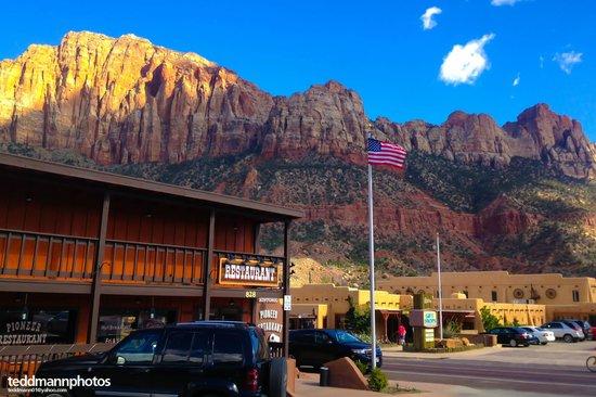The Historic Pioneer Restaurant : HISTORIC PIONEER RESTAURANT