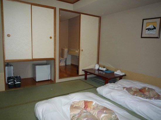 Annex Katsutaro: 204窓側より