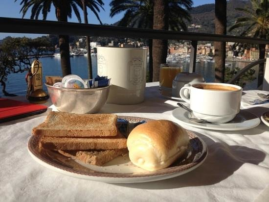 Hotel Continental : Breakfast with a view!
