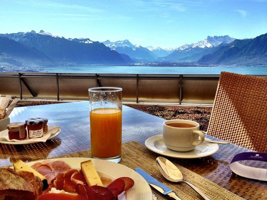 Le Mirador Resort & Spa: breakfast with a view