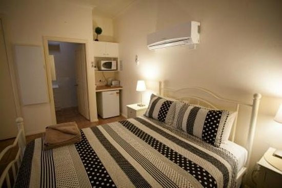 Millie's Guesthouse : Studio Apartment/kitchenette