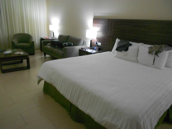 Clarion Victoria Hotel and Suites Panama: Room 807
