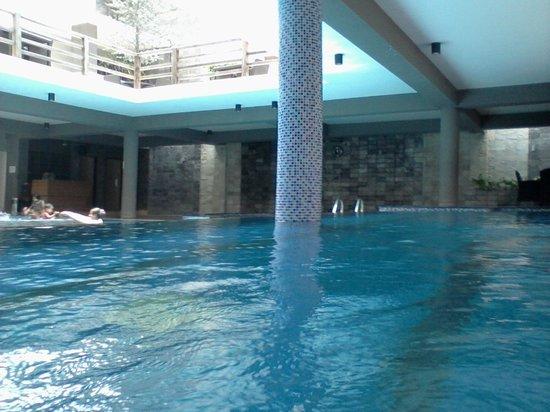 Long Beach Hotel Pool