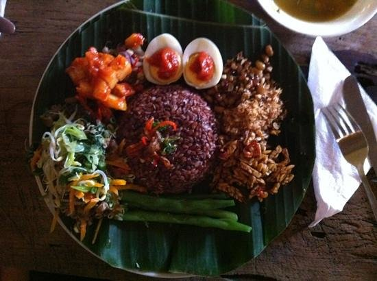Yellow Flower Cafe: Nasi Campur Campuhan Vegan