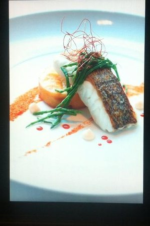 The Townhouse Restaurant: roast hake chic pea cake speacial