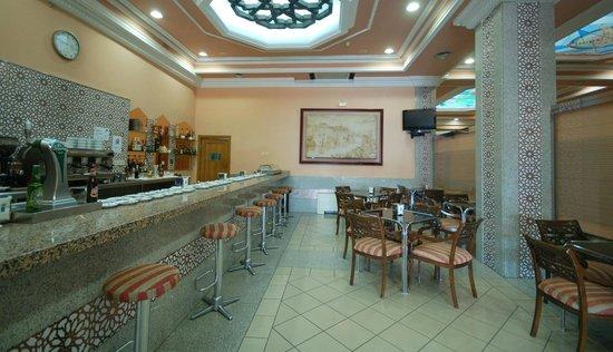 Hotel Mayoral: Cafetería
