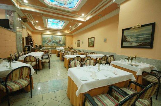 Hotel Mayoral: Salon comedor