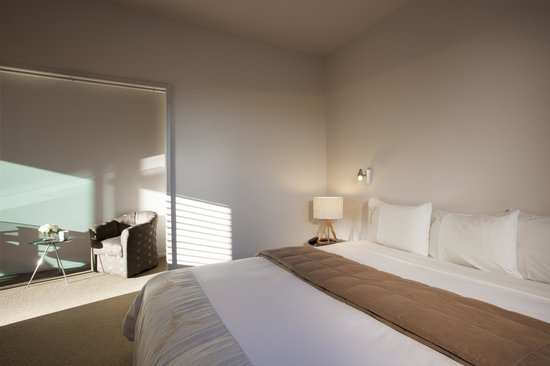 Miro Court Villas: The Bedroom