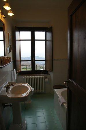 Castello di Petrata: bagno