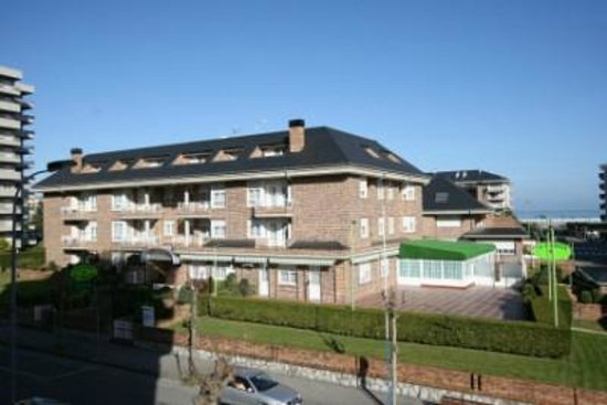 Apartamentos la terraza laredo spain apartment reviews photos price comparison tripadvisor - Tripadvisor apartamentos ...
