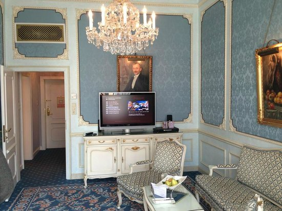 Hotel Imperial Vienna: sitting room
