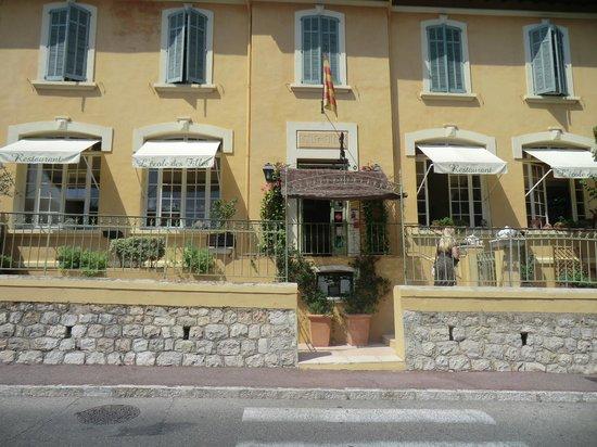 Restaurant l'Ecole des Filles: Eingang