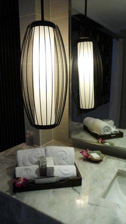 Centara Villas Phuket: Bathroom