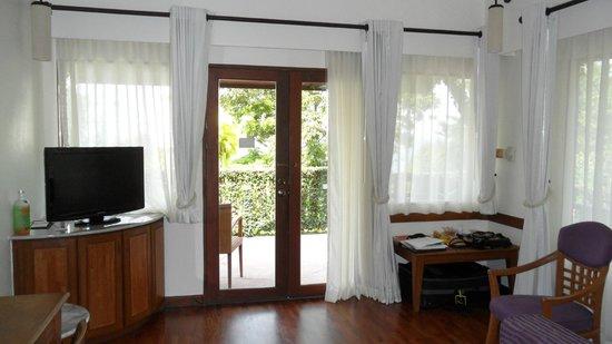 Centara Villas Phuket: View from villa to balcony