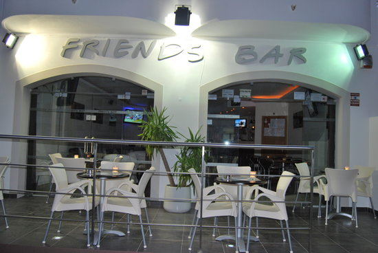 ‪Friends Bar‬