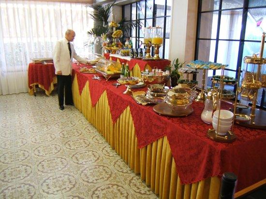 Hotel Matilde: buffet della prima colazione