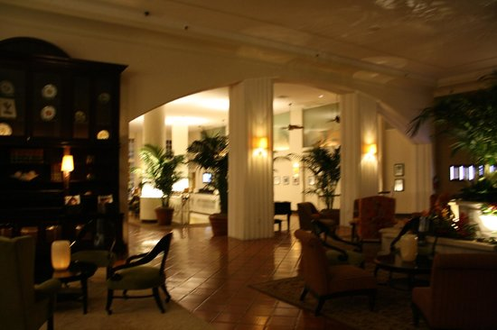 The Palms Hotel & Spa: Lobby