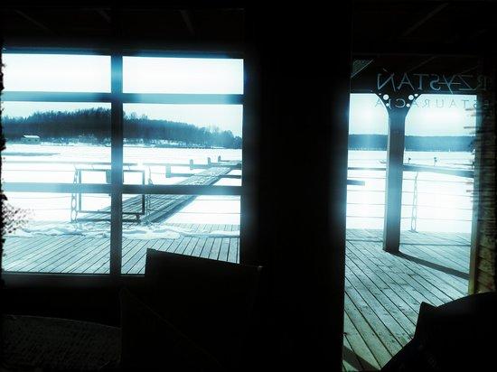 Przystan Restauracja: the winter view