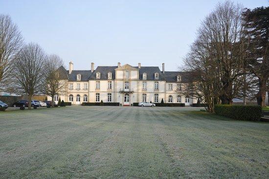 Le Chateau de Sully : Huvudbyggnaden