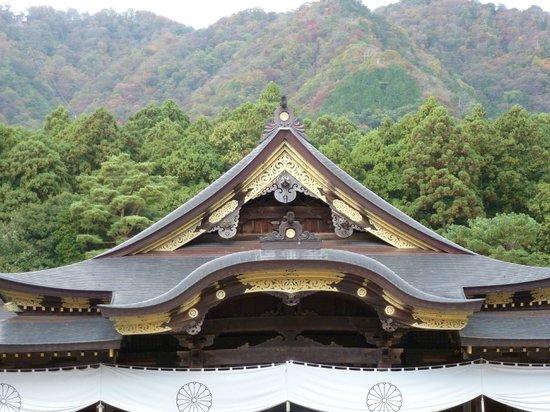 Yahiko Shrine: The main shrine