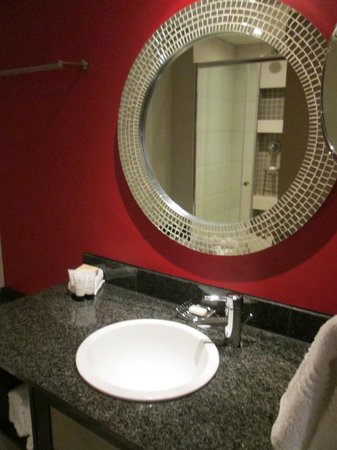 Peermont Mondior at Emperors Palace: Bathroom (partial pic)