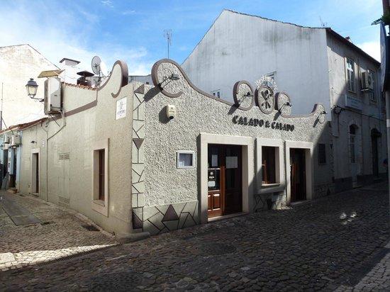 Calado e Calado  |  Rua da Sota, 14/16, Coimbra 3000-392, Portugal