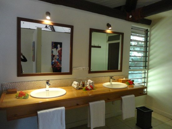 Yasawa Island Resort and Spa: bathroom