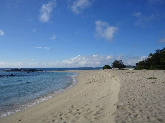 Yasawa Island Resort and Spa: beach of the resort