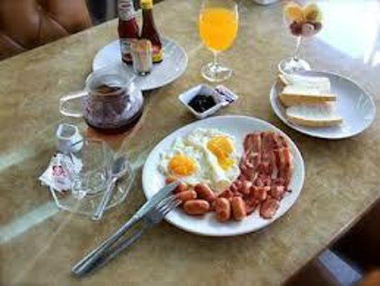 The Privi Hotel: etwas mageres Frühstücksbuffet