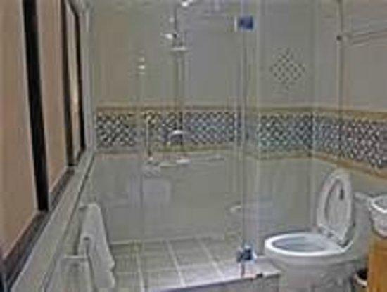 The Privi Hotel: sehr schöne Badezimmer