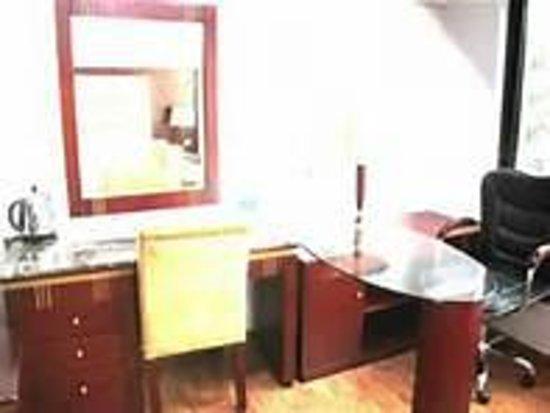 The Privi Hotel: gut eingerichtete Zimmer