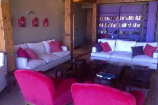 Casa Colorada - Hotel de Montana: Salon Principal